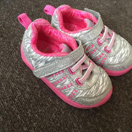 3f9dbc62695 Best New and Used Baby   Toddler Girls Shoes near Klamath Falls