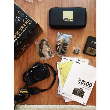 Nikon D3200 (body only) - $ 230 for sale  Canada
