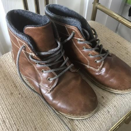0c63cbdfb47a01 Best New and Used Boys Shoes near Charlotte--Concord--Gastonia
