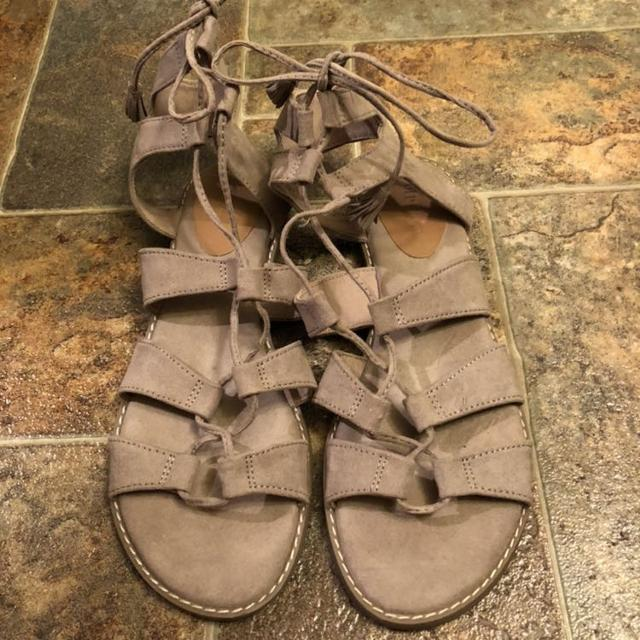 ee1b15cf1b5 Find more Old Navy Gladiator Sandals for sale at up to 90% off