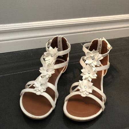 127a060e37c Best New and Used Girls Shoes near Clarington