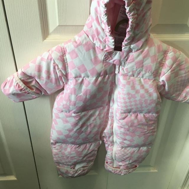 320d04a9c213 Best Columbia Baby (12 Month) Snowsuit. Like New for sale in Airdrie ...