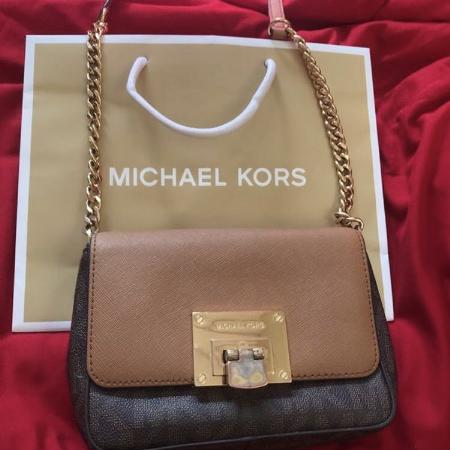 991a17f60516 Find more Classic Michael Kors Bag for sale at up to 90% off - San ...