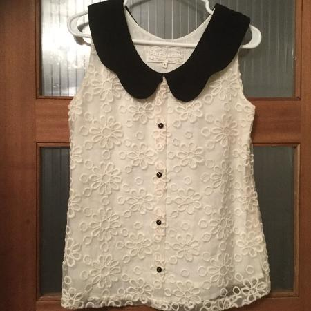 1634a96a2ca7dc Super stylish high quality off white top with cotton linings.zipper on the  left side