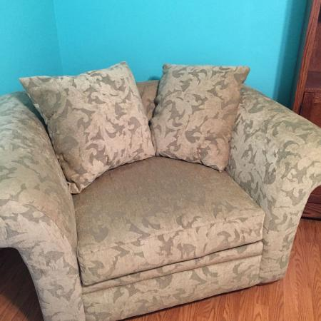 Best New And Used Furniture Near Washington Il
