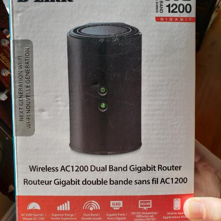 Used, D-LINK Wireless AC1200 Dual Band... for sale  Canada