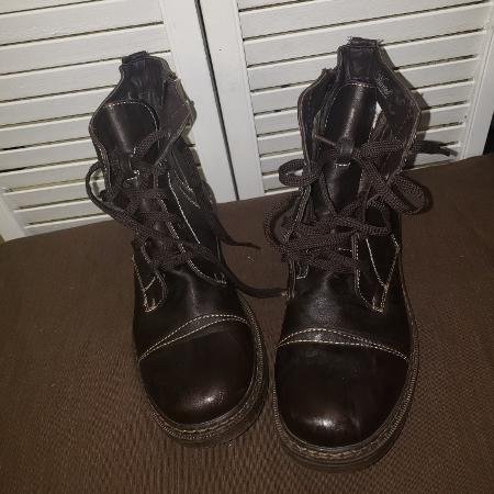 030829a42f43 Best New and Used Women s Shoes near Nashville