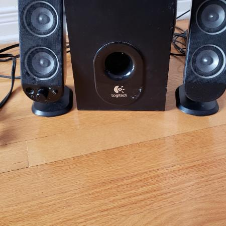 Logitech X230 subwoofer and speakers for sale  Canada