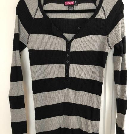 Striped sweater with buttons, used for sale  Canada