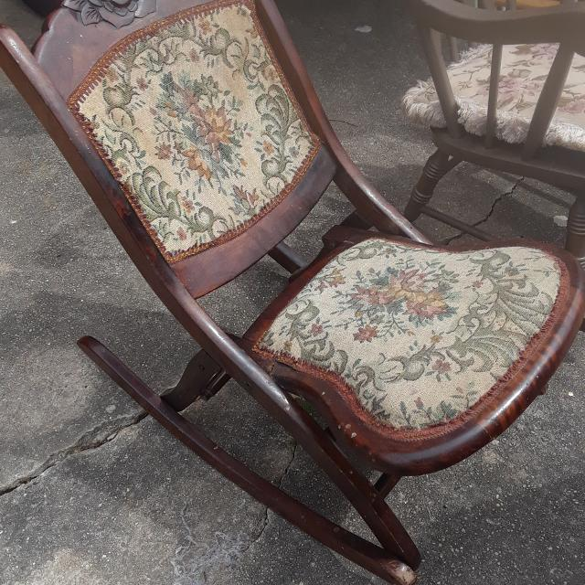 Best Antique Folding Rocking Chair For