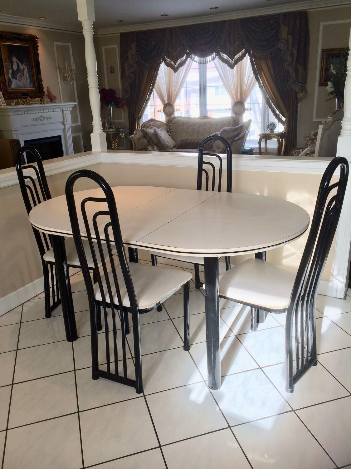 Used kitchen table and 4 chairs