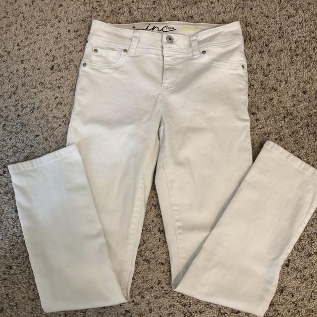 9862b1899e0fce Best Size 0 Women's White Jeans Jeggings Crop Euc for sale in Cypress,  Texas for 2019
