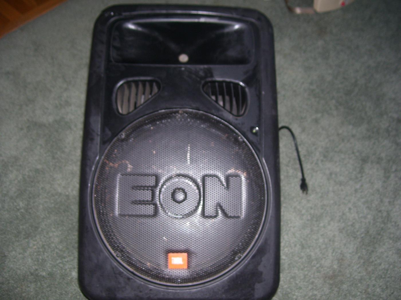 best used jbl eon15 g2 400 watt powered speaker with tripod for sale. Black Bedroom Furniture Sets. Home Design Ideas