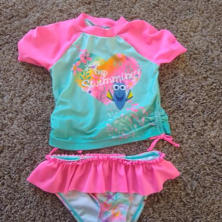 1985db74fab17 Find more Old Navy Zip Swim Cover 3t for sale at up to 90% off ...
