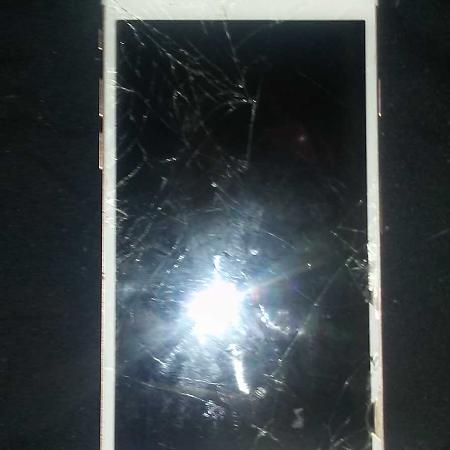 Iphone 6s broken screen use for parts... for sale  Canada