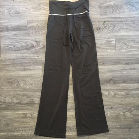 2d4a9187f0528 Find more Hot Paws 2 Pairs In Brown Great Condition One Is In Fleece ...