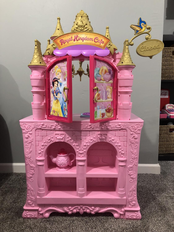 Disney Princess Royal 2-Sided Kitchen Cafe