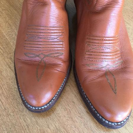 7.5 women cowboy western boots..., used for sale  Canada