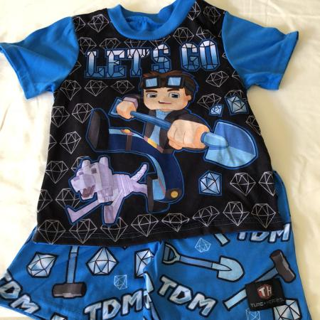 9049c6cf3564 Best New and Used Boys Clothing near Brazoria County