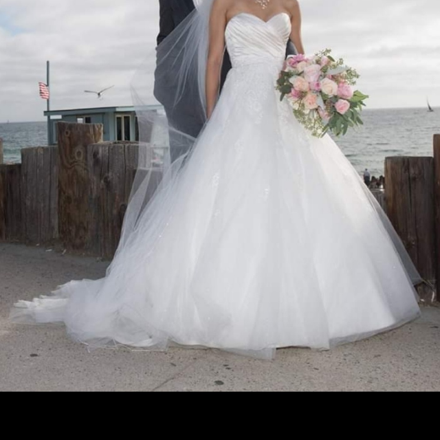 Best Alfred Angelo Wedding Dress For Sale In San Jose California