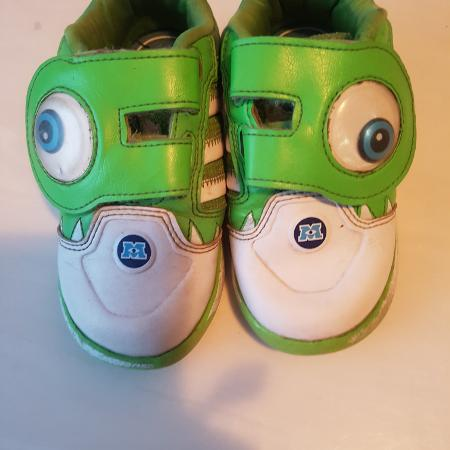 460db03645cc90 Find more Euc Kids Vans- Size 8 for sale at up to 90% off - Oshawa