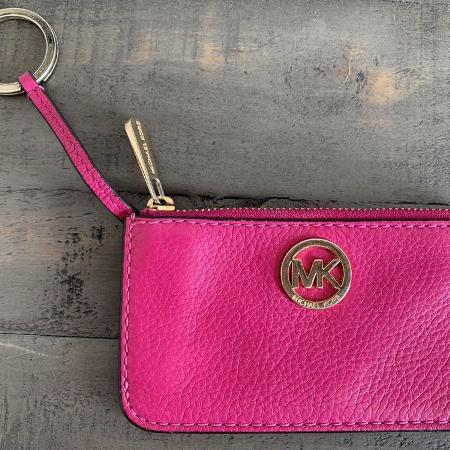 a4ecbc39e392 Best New and Used Women s Purses