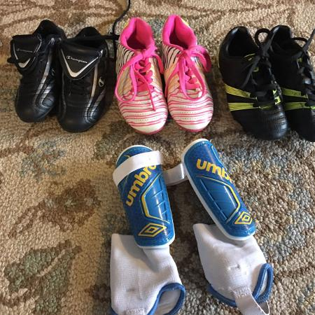 Soccer shoes and shin pads kids for sale  Canada