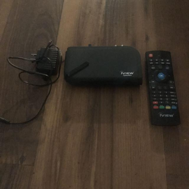 Jail broken IVIEW android box with remote