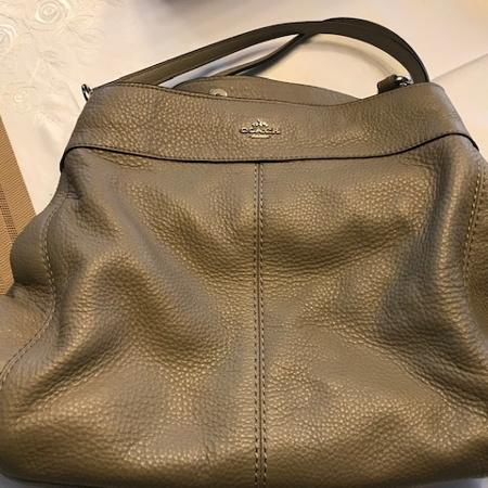 5e99da7fd008a6 Taupe Leather Coach Purse