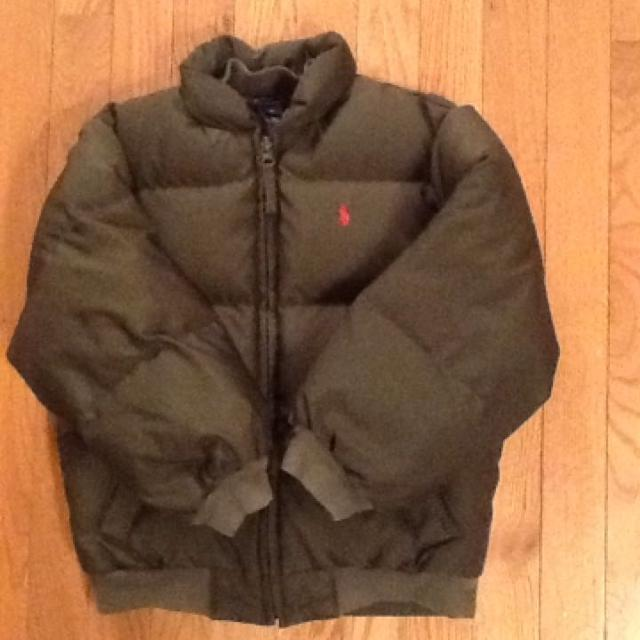 new lifestyle reliable quality search for original Ralph Lauren polo boys 6 down puffer coat. Nice condition, no  staining,slight discoloration on cuff from washing smoke free home