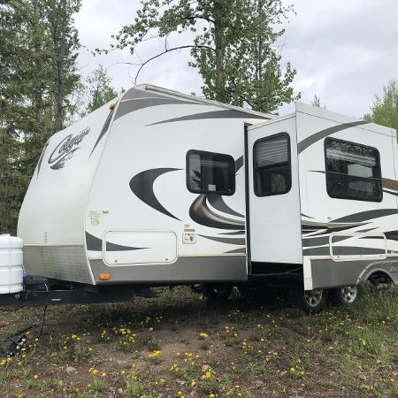 21' 2012 cougar half ton towable for sale  Canada