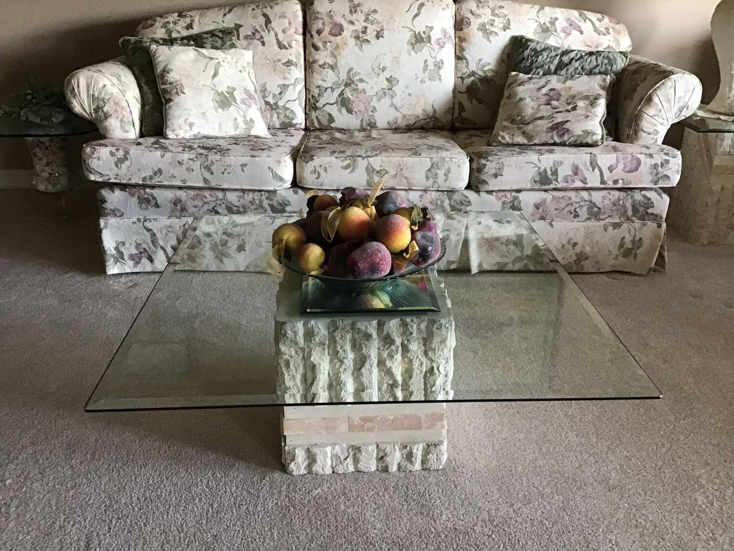 Best Glass Top And Stone Square Coffee And End Tables For Sale In Edmonton Alberta For 2021