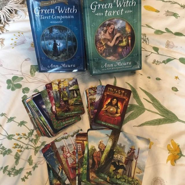 The Green Witch Tarot Deck