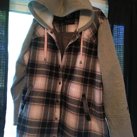 Plus size 1X button up hoodie/Jacket for sale  Canada