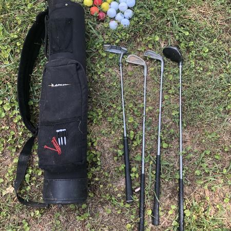 7e89553545159 Juniors AccuPlus Right Hand Golf Clubs Lancer Bag & 23 golfballs