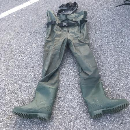 Men's waders size 9/ fishing pants for sale  Canada