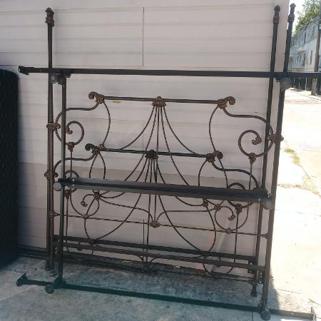 Davis Ca Buy And Sell New Used Stuff Varagesale