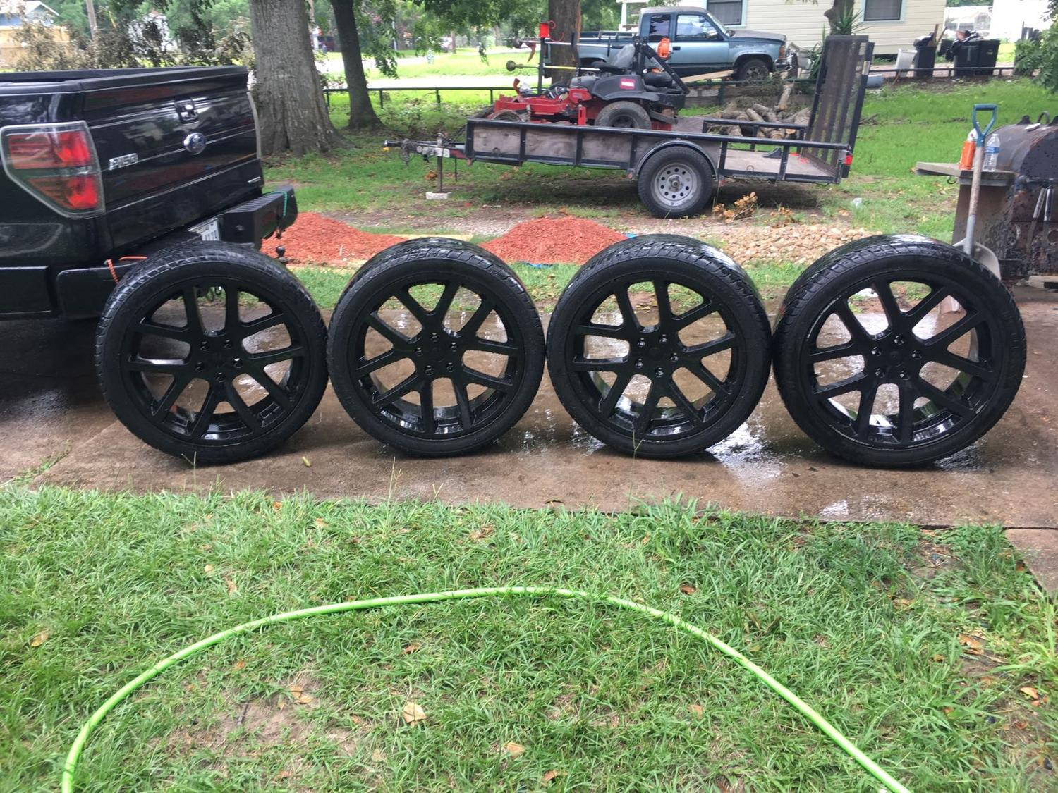 Dodge Ram Rims >> 24in Rims And Tires Off A Dodge Ram 1500
