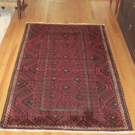 50f171524 Like new Persian carpet, 100% wool , mint condition ! Paid over $750 Hand
