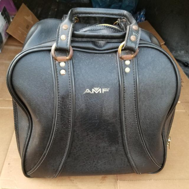 Vintage Amf Leather Bowling Bag With Ball