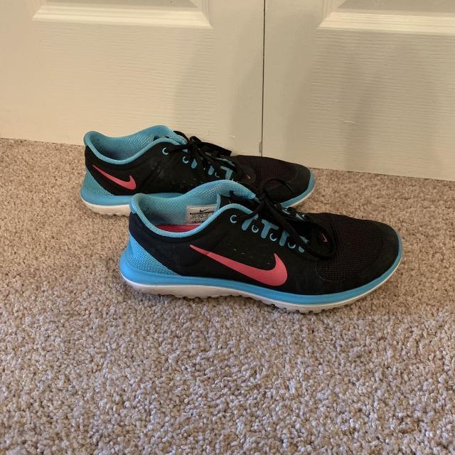 online store b1c8e 31094 Nike FitSole shoes women's Size 11