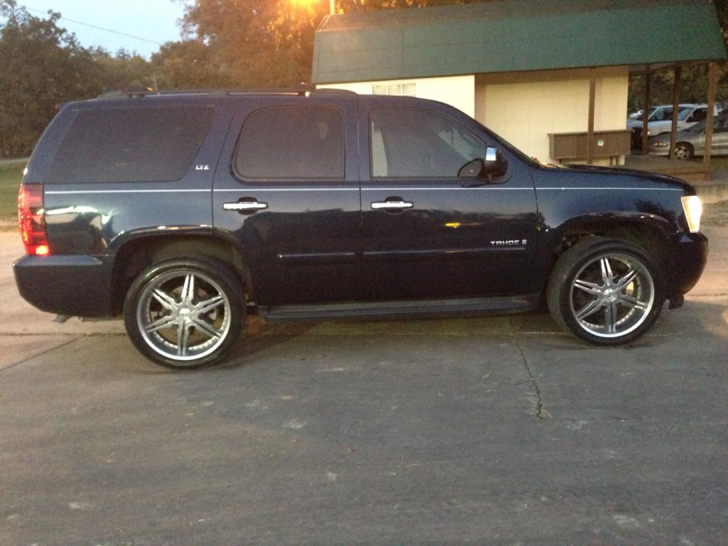 08 Tahoe Ltz Flex Fuel 3rd Row Fully Loaded Custom Rims And Bowties 102k Miles Asking 19 000 For In Durant Oklahoma 2019