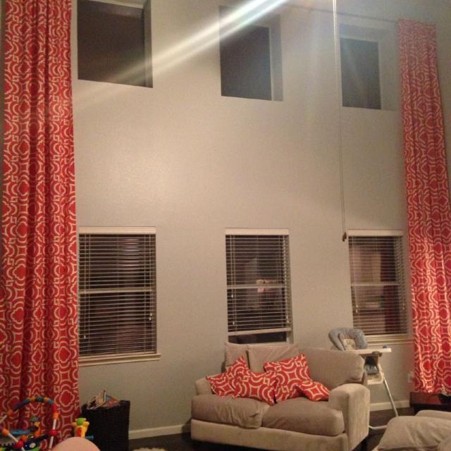 18ft Curtains Matching Throw Pillows