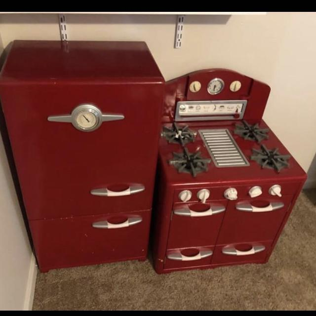 Best Red Pottery Barn Kids Retro Kitchen Set For Sale In Fort Bragg North Carolina For 2020