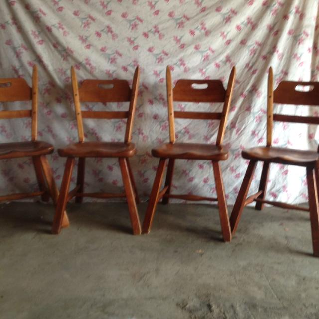 A Genuine Cushman Colonial Creation Made In Bennington Vt 4 Chair Solid Wood Excellent Conditions