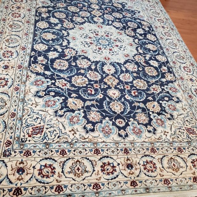 Best Beautiful Persian Rug Handmade