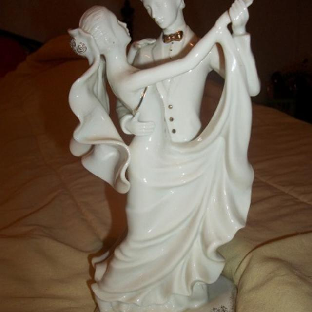 Best Mikasa Wedding Day Cake Topper For Sale In Talladega Alabama - Mikasa Wedding Cake Topper