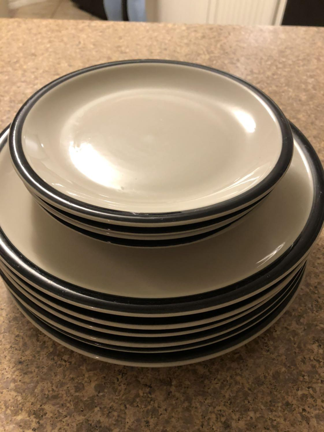 Find More Six Dinner Plates And Four Salad Plates Black