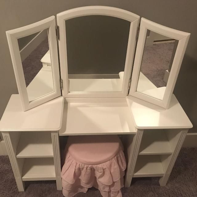 Best Pottery Barn Kids Madeline Vanity And Stool For