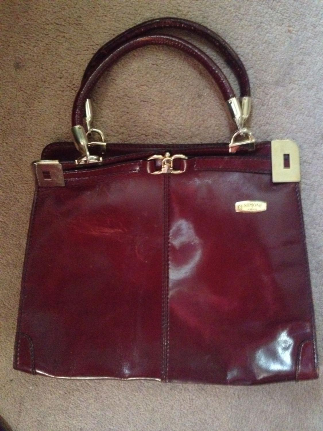 8made In Italy Burgundy Leather Purse